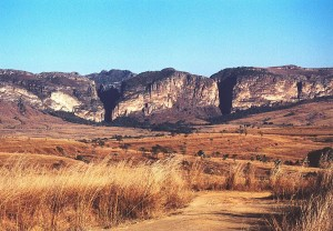 """""""Isalo canyons"""" - Wikipedia"""