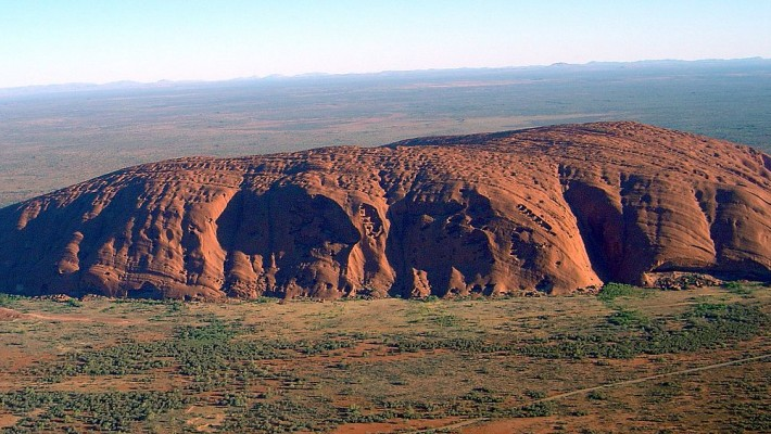 Uluru – spectacular red rocks
